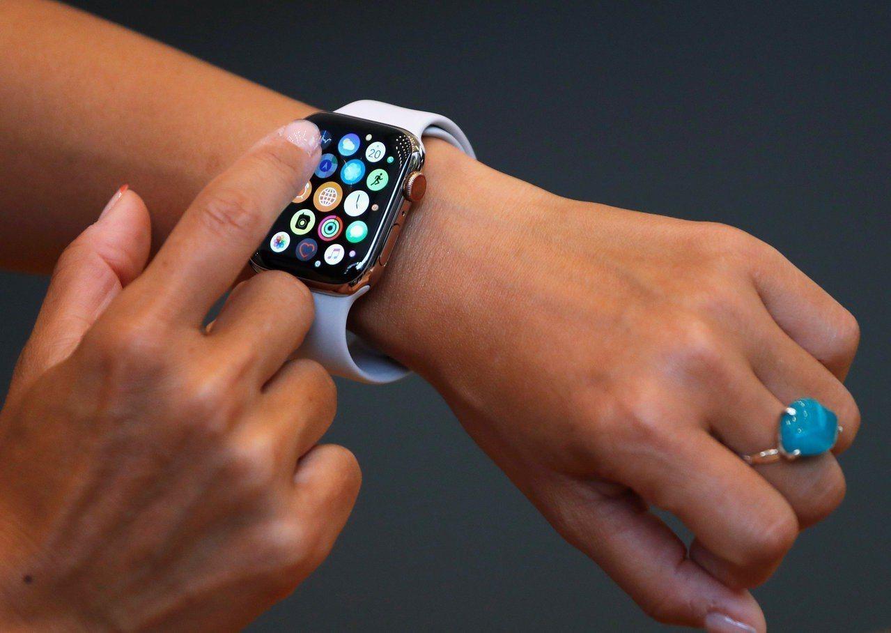 蘋果智慧手表Apple Watch。(圖/路透)