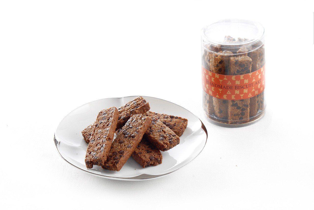 門市不限金額消費,可以99元加購巧克力豆餅。圖/亞尼克提供