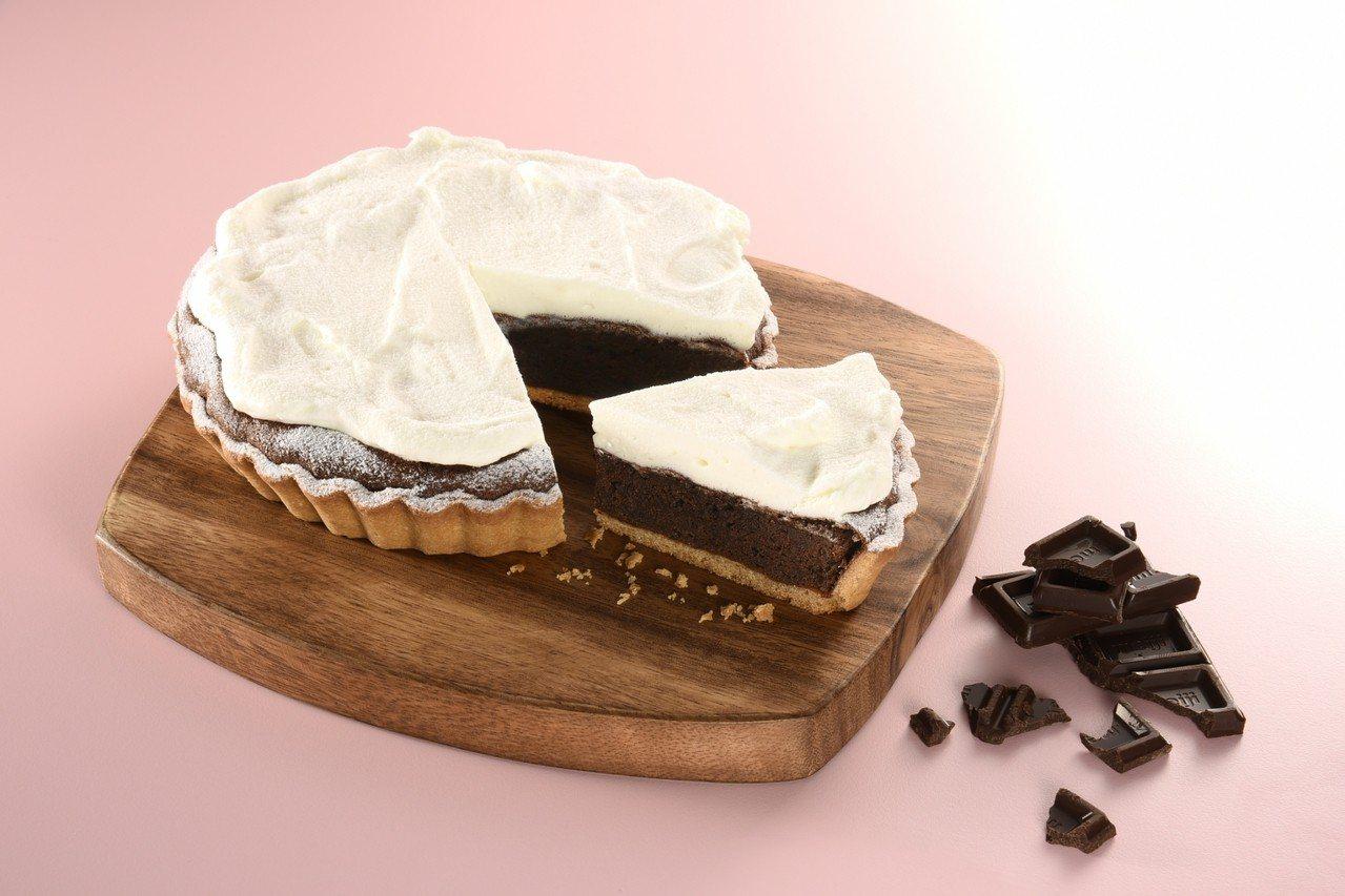 奶霜厚巧克力,售價520元(6吋)、105元(8吋切片)。圖/亞尼克提供