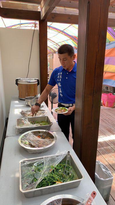 台中市議員候選人林孟令推薦「孟令大飯店」的飯菜好吃、營養夠,不用等,乾淨衛生又每...