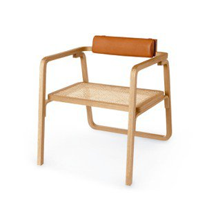 Anne-Sarah Panhard 推薦大家仔細欣賞的 Oria 系列單椅,2...
