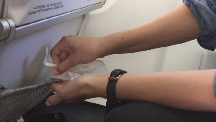 微生物學透過樣本分析飛機上最髒的地方,排行榜出爐讓大眾好驚訝。圖擷自CBC
