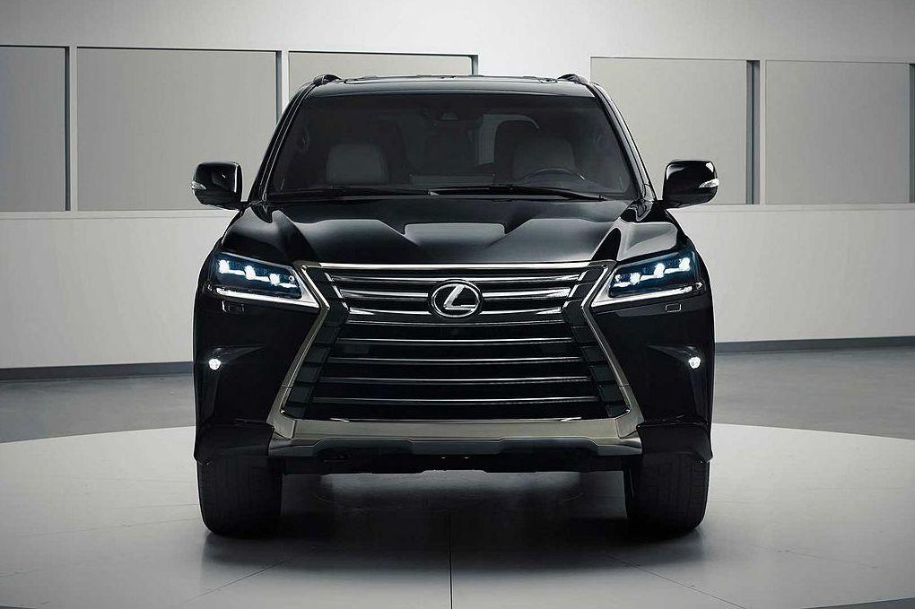 無懼BMW X7競爭!Lexus LX Inspiration Series全黑限量特仕車展氣勢