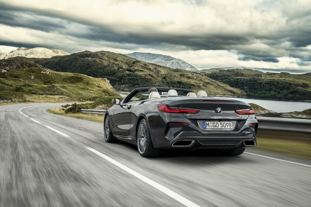 全新BMW 8 Series Convertible(G14)提前亮相! 摘自B...
