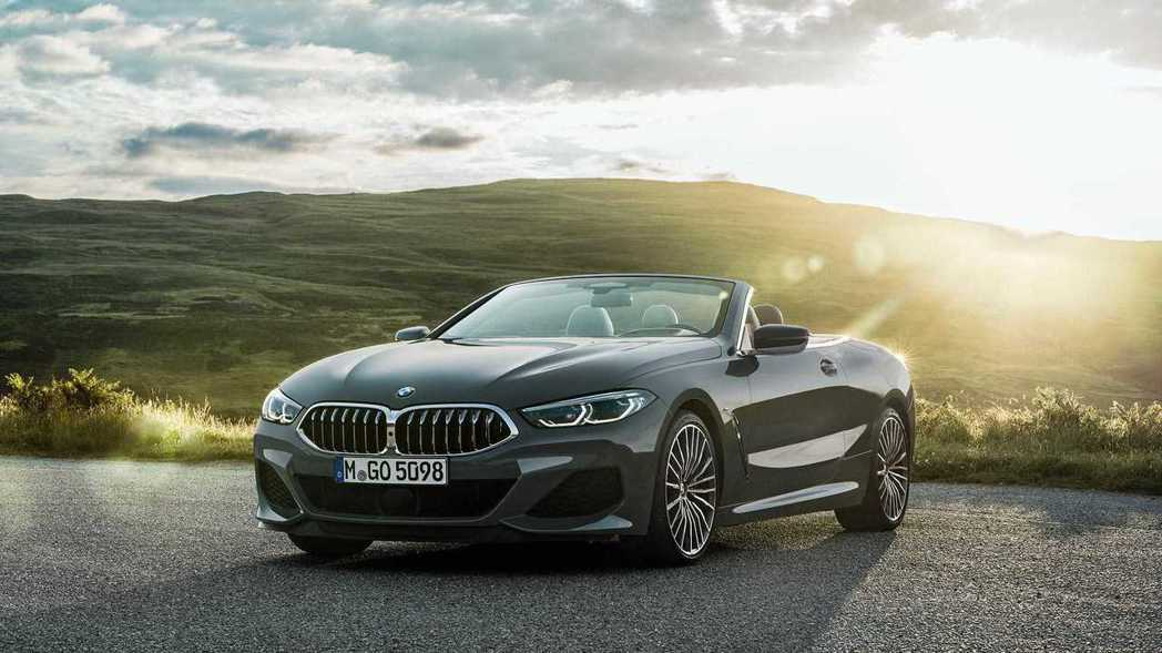 全新BMW 8 Series Convertible(G14)。 摘自BMW