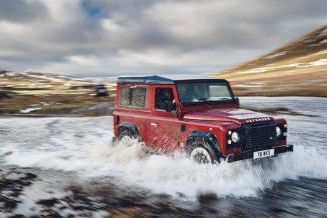 Land Rover Defender Sport將於2026發表?開起來會更舒服!