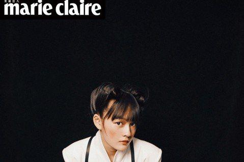 15歲的文淇去年以「血觀音」拿下金馬獎最佳女配角獎,同時以「嘉年華」入圍最佳女主角,她接受「Marie Claire美麗佳人」雜誌專訪,坦言童星出道免不了被霸凌,面對網路留言攻擊,她甚至會回嗆,只有...