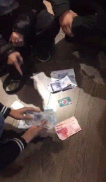 海山警分局偵查隊昨天接獲疑似詐騙集團車手使用中國信託商業銀行金融卡提領詐騙贓款情...