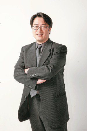 陳亮恭 醫師陽明大學高齡與健康研究中心主任