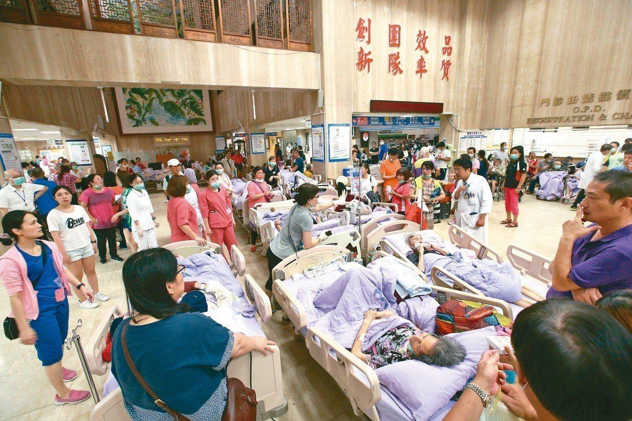 台北醫院附設護理之家日前發生大火,引發社會關注。 圖╱聯合報系資料照片