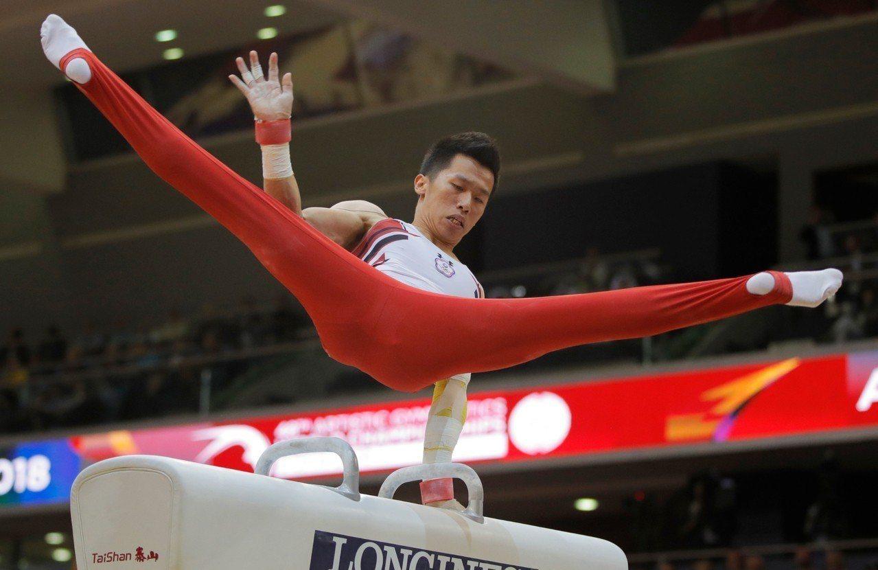 2018體操世錦賽我國李智凱在鞍馬單項拿下銅牌。 美聯社