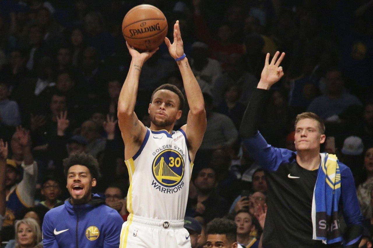柯瑞榮獲當今NBA球員的市場價值排名第一名。 美聯社