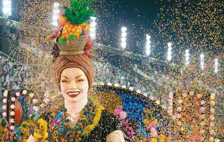 圖為里約熱內盧嘉年華會場景。新華社