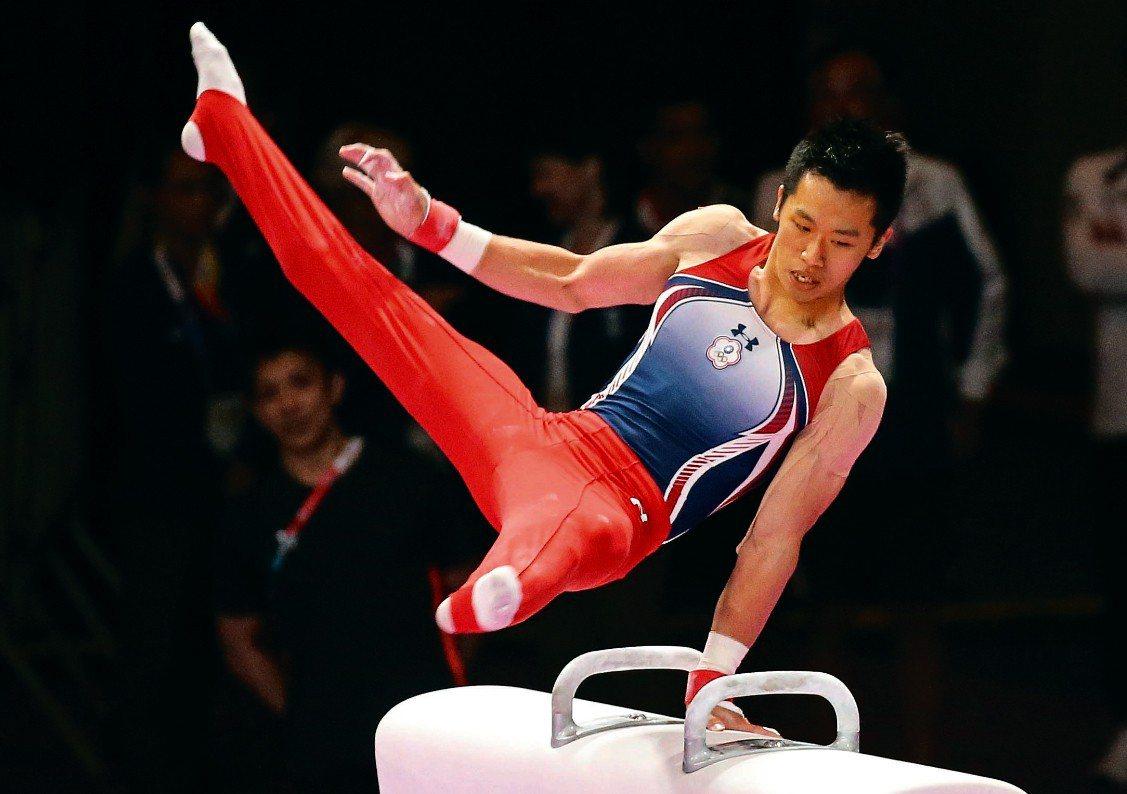 李智凱在2018體操世錦賽奪牌。圖為今年李智凱在亞運鞍馬決賽完美演繹招牌的「湯瑪...