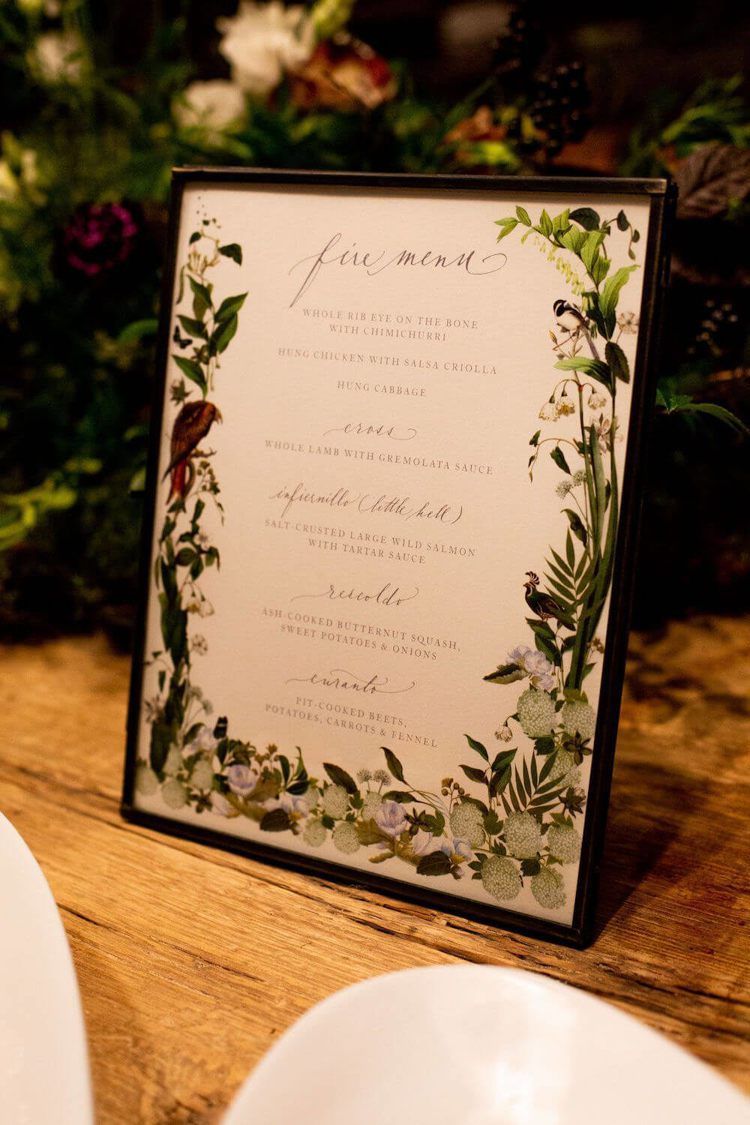 婚禮預演晚宴印製精美的菜單。圖/摘自Goop