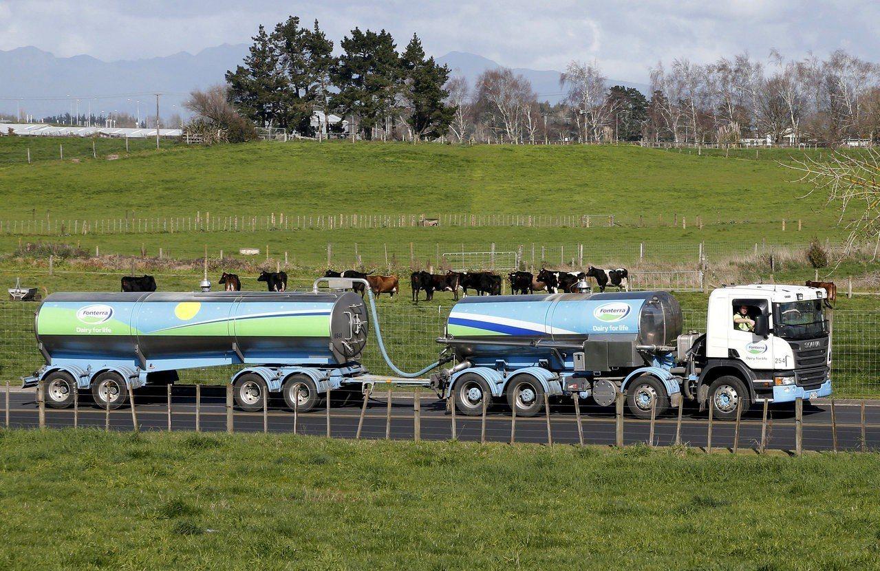 紐西蘭檢討乳品產業重組法案,在新的建議下,恆天然將可拒絕收購不符合為維護商譽所訂...