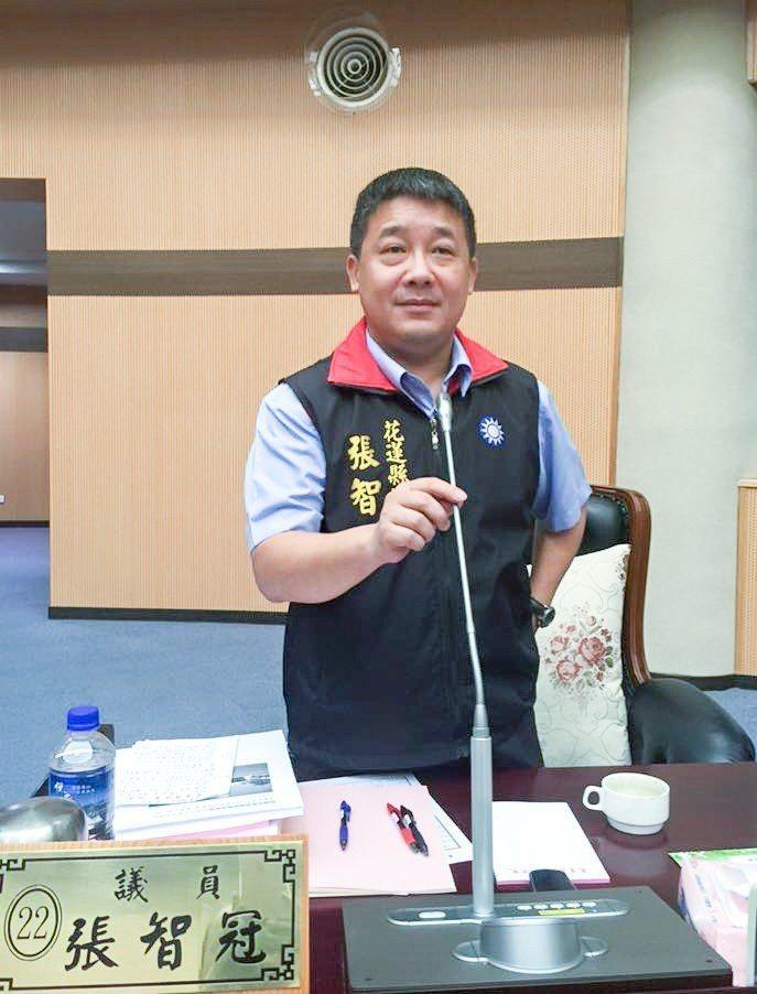 警界出身的花蓮縣議員張智冠,今年轉戰富里鄉長,他說,當過警察的人,心中多有正義感...
