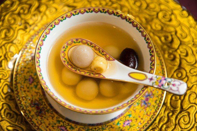 冰花藕粉小丸子。圖/台北遠東飯店提供