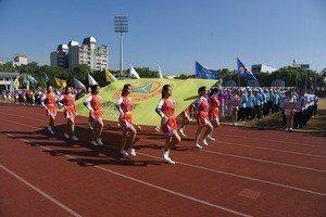 南投縣全縣運動會今天舉行,希望培育更多體育好手,在國際舞台為南投爭光。圖/南投縣...