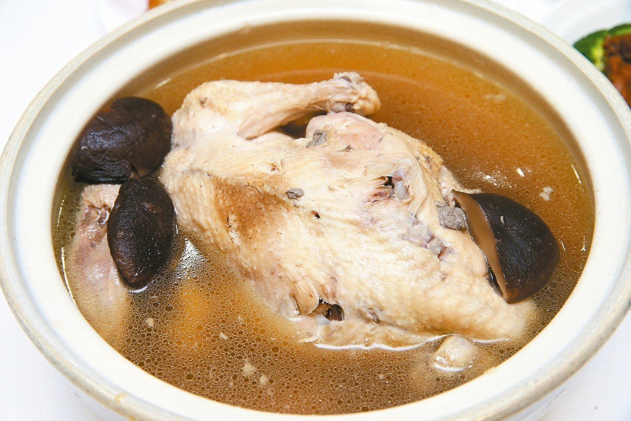 雞湯被專家認為可增強免疫力。 圖/本報資料照片