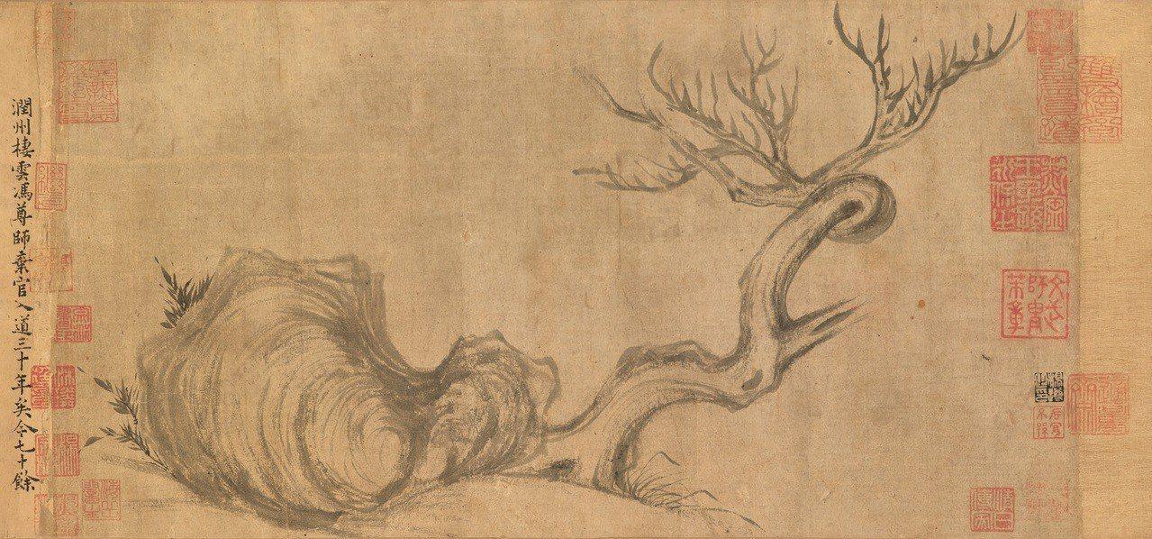 蘇軾《木石圖》為香港佳士得秋拍最受矚目的焦點拍品,提拔印鑑共41枚。圖/佳士得提...