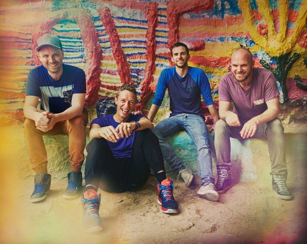 英倫搖滾天團「酷玩樂團」20周年紀錄片即將上映。圖/華納音樂提供