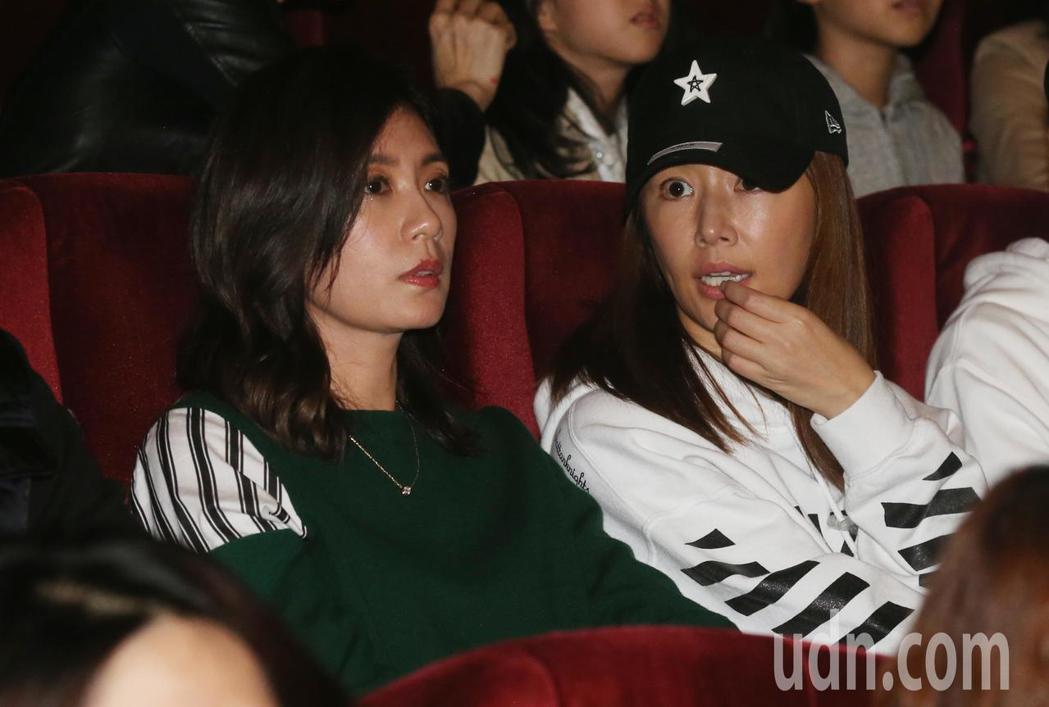 陶晶瑩演唱會眾星雲集 ,林心如(右)、賈靜雯(左)也到場。記者林俊良/攝影
