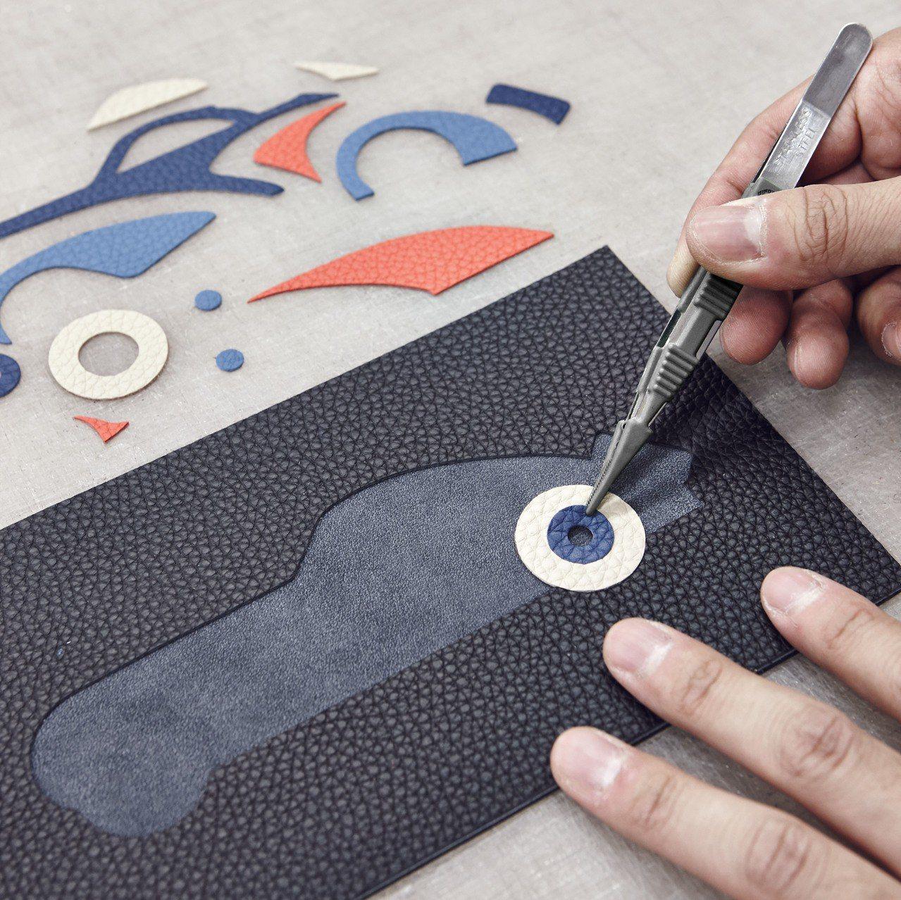 Mosaïque皮革鑲嵌飛機系列來自工匠的巧手拼接。圖/MOYNAT提供