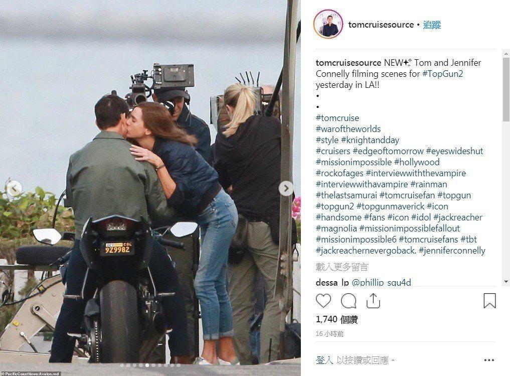 「捍衛戰士2」珍妮佛康納莉和湯姆克魯斯有感情對手戲。圖/摘自twitter
