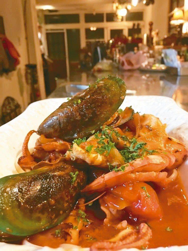 番茄紅醬燴海鮮