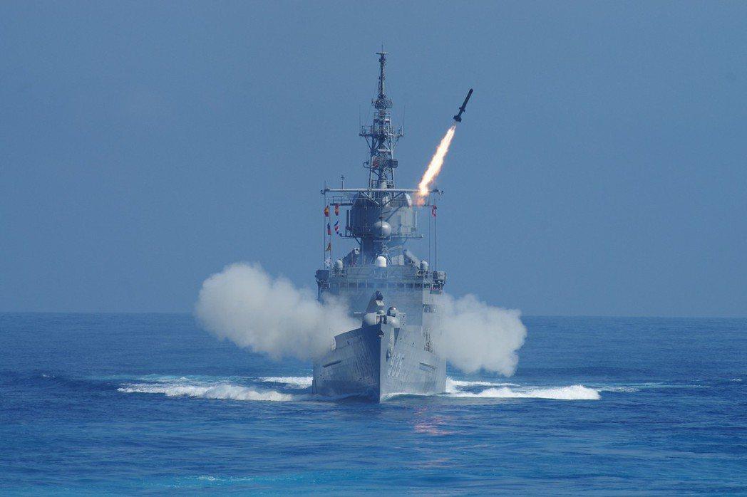 諾克斯(濟陽)級巡防艦是海軍目前唯一可發射ASROC反潛火箭,能在即時對遠距離水...