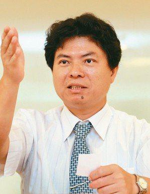 嘉澤董事長朱德祥