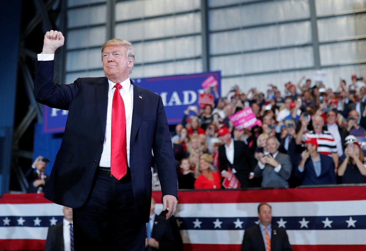 美國期中選舉將近。圖為美國總統川普。 世界日報記者趙元良/攝影