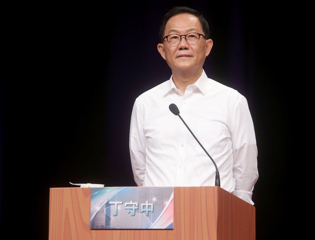 台北市長候選人丁守中昨天出席首場台北市長電視辯論會。記者余承翰/攝影