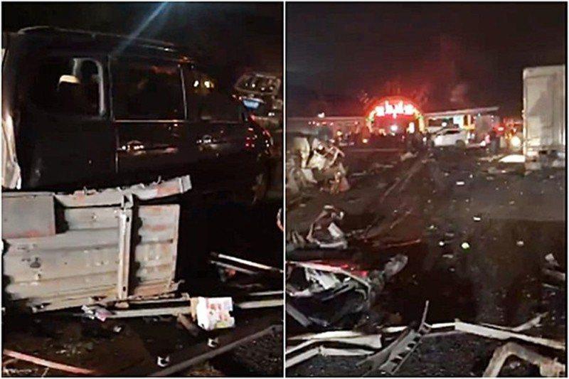 蘭海高速公路「大卡車暴衝」連撞31車,造成14死34傷。(圖/翻攝微博)