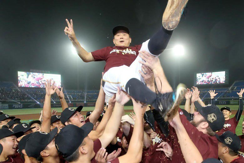 Lamigo在7年內5度奪下總冠軍,桃猿王朝霸業已成,目前的戰力在未來幾年依舊被...