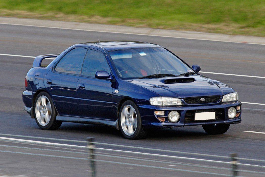 當時大慶汽車引進Impreza國產,渦輪動力加上四輪傳動,將玩車族群吸引過去。 摘自Subaru