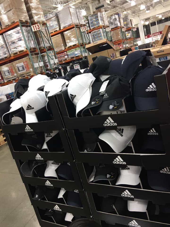 好市多賣愛迪達帽子299元,網友狂問哪裡有貨。圖/翻攝自臉書社團「COSTCO ...