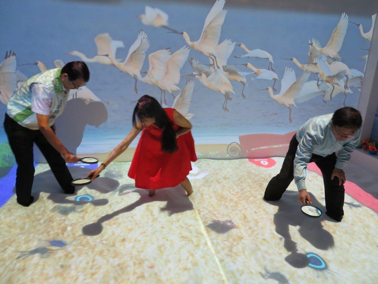 高跟鞋教堂園區浪漫再起,華麗變身仙履奇緣園區AR互動體驗館。記者魯永明/攝影