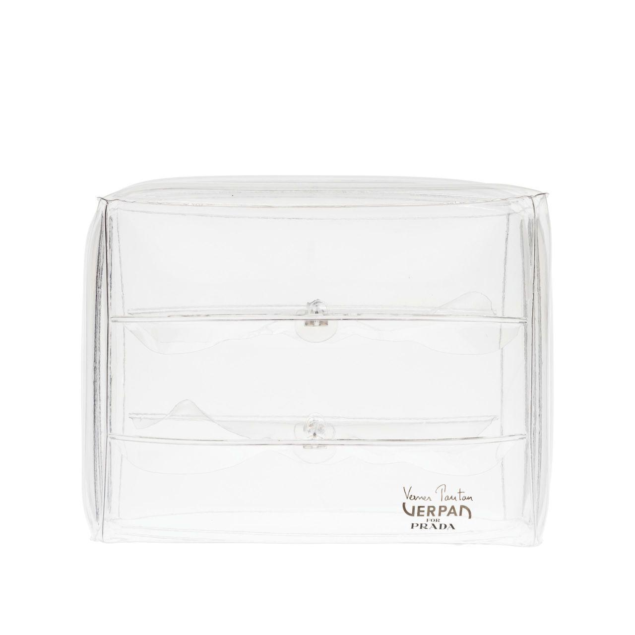 Verpan for Prada充氣沙發由丹麥品牌Verpan為Prada特別獨...