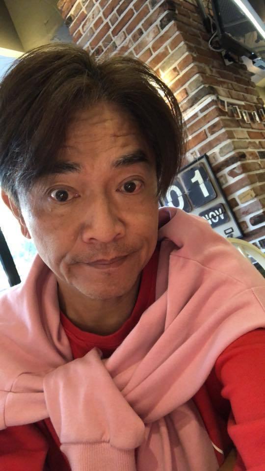 憲哥在臉書徵詢有無網友可幫帶台南小吃。圖/摘自吳宗憲臉書