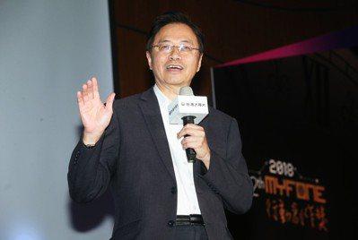 台灣大哥大基金會董事長張善政昨天出席第12屆《myfone行動創作獎》頒獎典禮。...