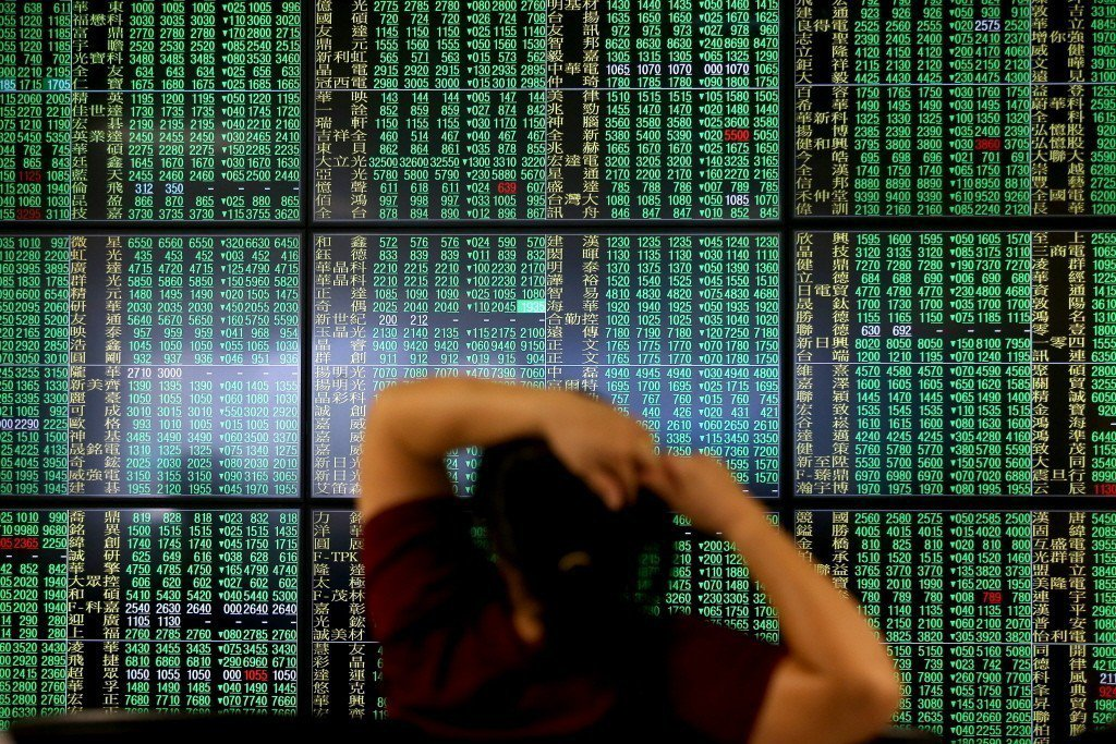 台股今日開低走低,電子股領跌,盤中跌逾百點。聯合報系資料照/記者高彬原攝影