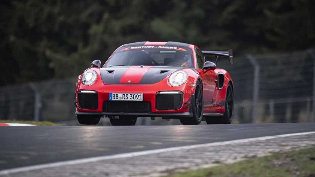 Porsche以Porsche 911 GT2 RS MR再次奪回最速稱號。 摘...