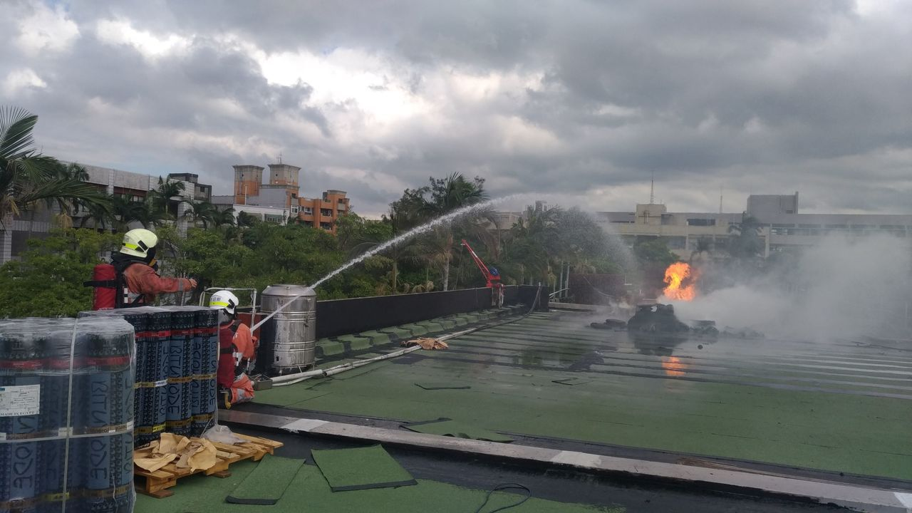 清華大學南大校區中午12時29分傳出火警,所幸人員皆平安。圖/新竹市消防局提供