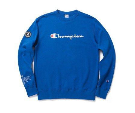 Champion與izzue聯名系列圓領衫,3,790元。圖/I.T.提供