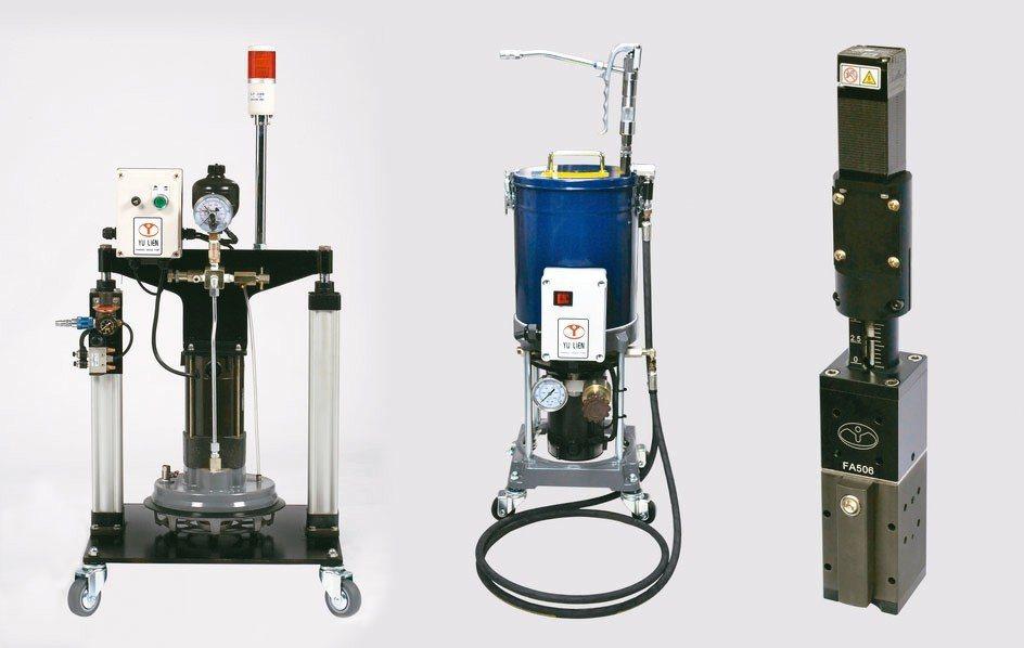 友聯機械推出自動定量調整油量組合等產品。 友聯/提供