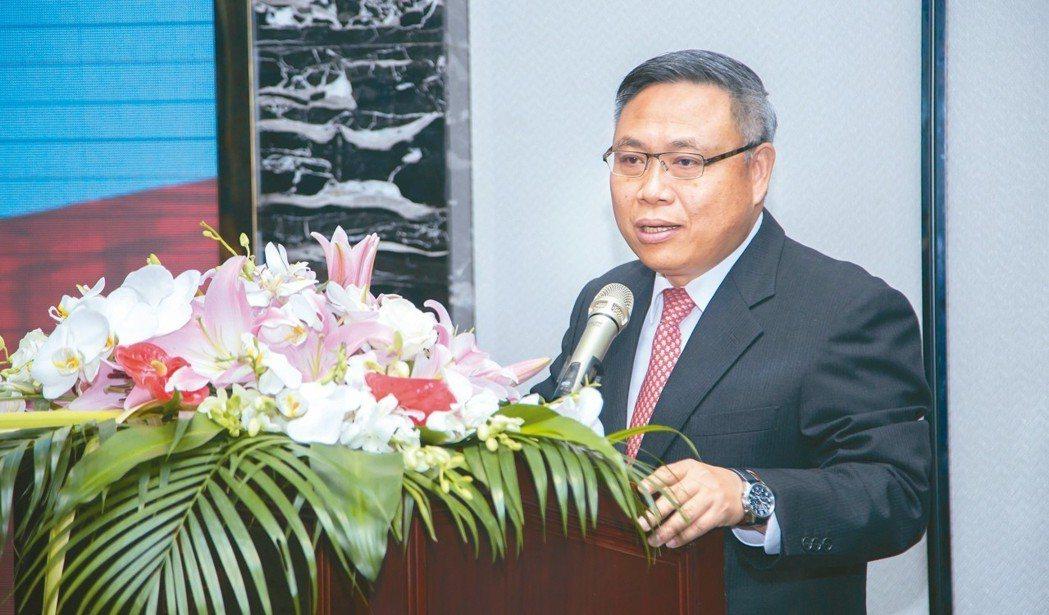 泓鉅精機董事長李雙鈺強調,將持續開發可靠、穩定的刀庫產品,共同提升工具機品質。 ...