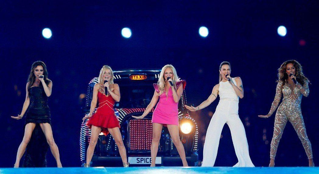 圖為辣妹合唱團在2012年倫敦奧運閉幕式上合體表演。 路透社資料照片