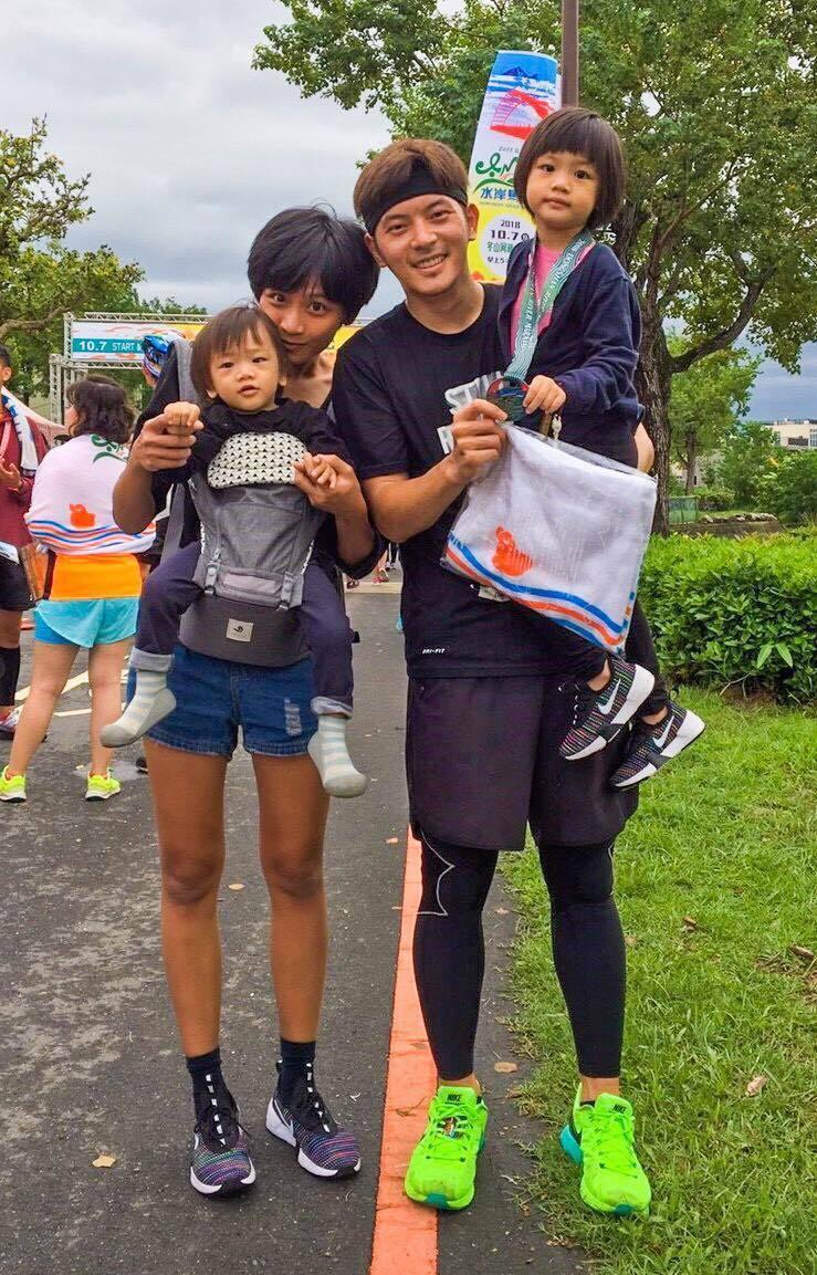 宥勝與老婆感情甜蜜。 圖/擷自宥勝臉書